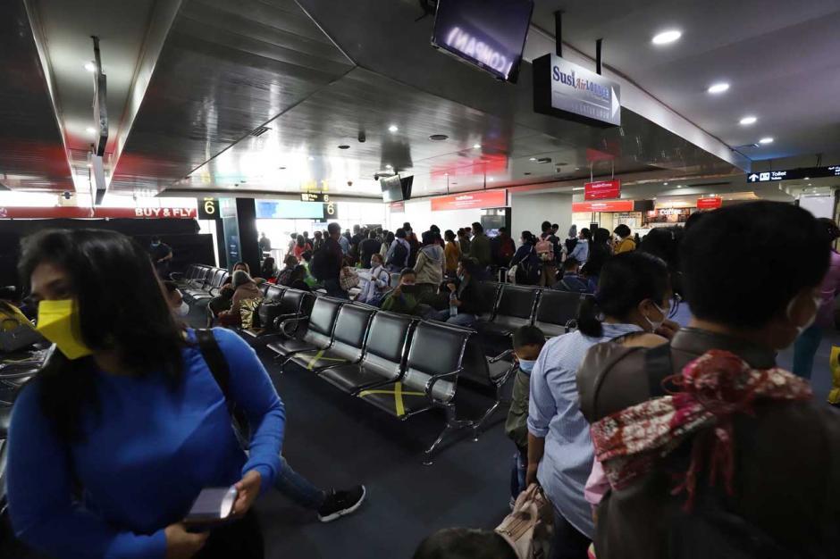 Mudik Dilarang, Maskapai Masih Jual Tiket Penerbangan-1