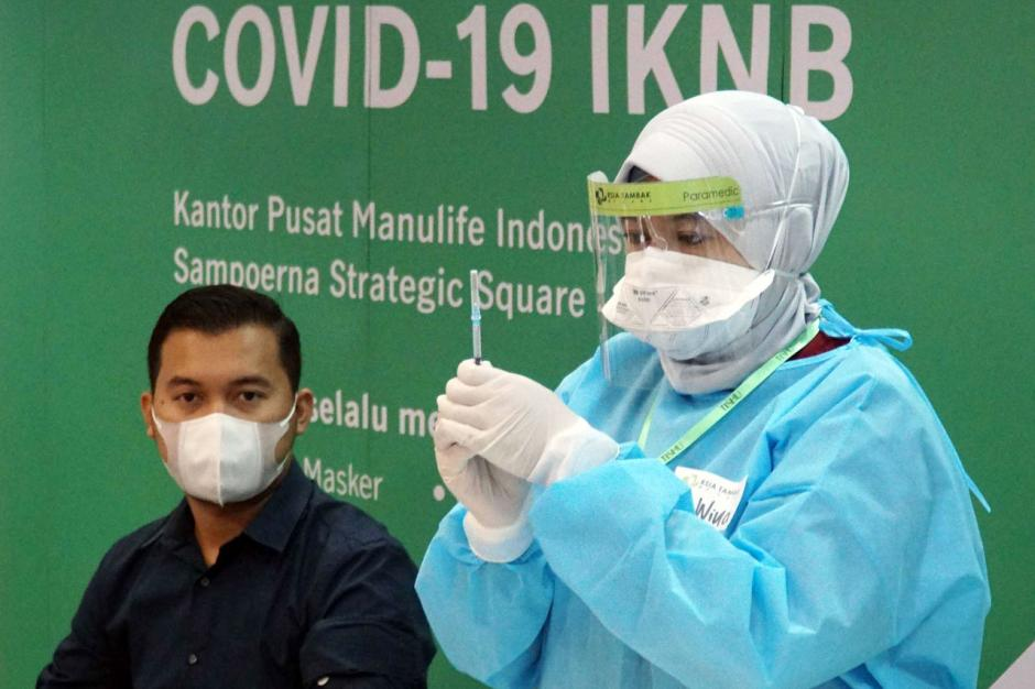 Manulife Indonesia Gelar Vaksinasi Covid-19 untuk lansia-4