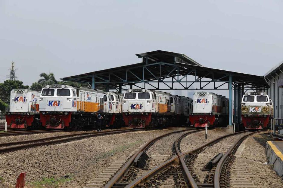 Rencana Pengoperasian Lokomotif untuk Logistik dan Barang-0