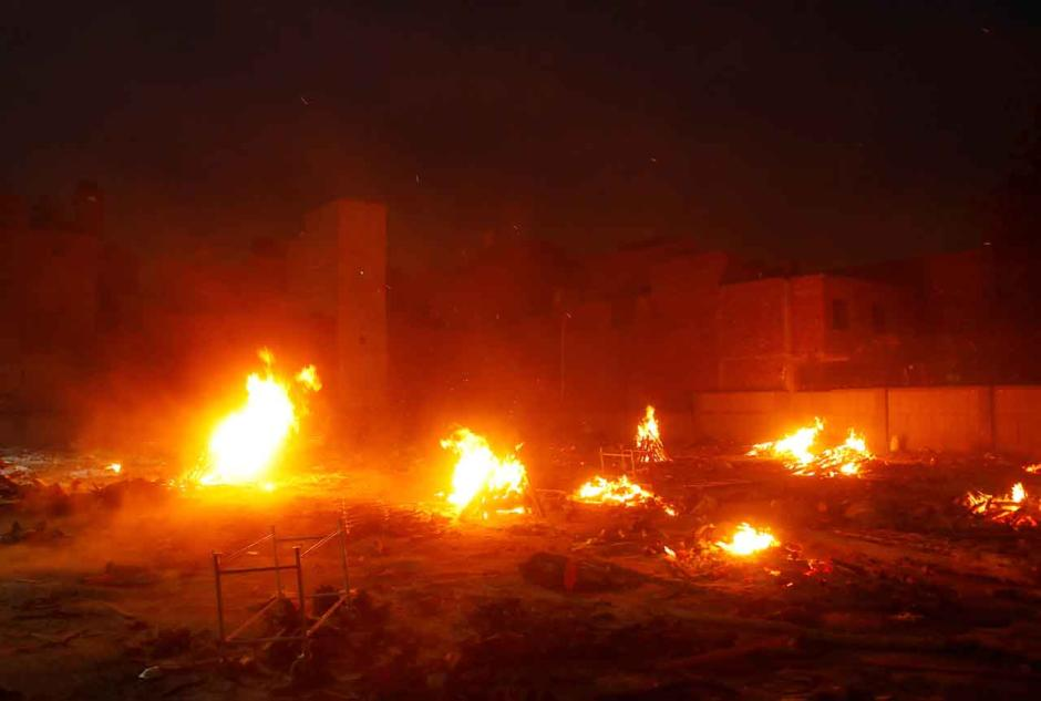 Teror Covid-19 di India Makin Mencekam, Rekor Kasus Baru 401.993 dengan 3.523 Kematian-3