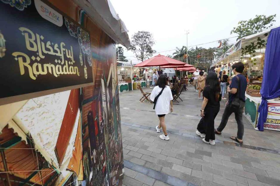Bertema Blissfull Ramadhan, Senayan Park Gelar Fashion dan Food Festival-4