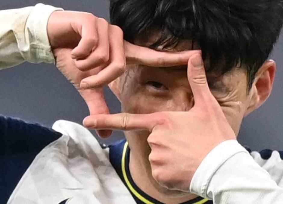 Bale Hattrick, Tottenham Pesta Gol-3