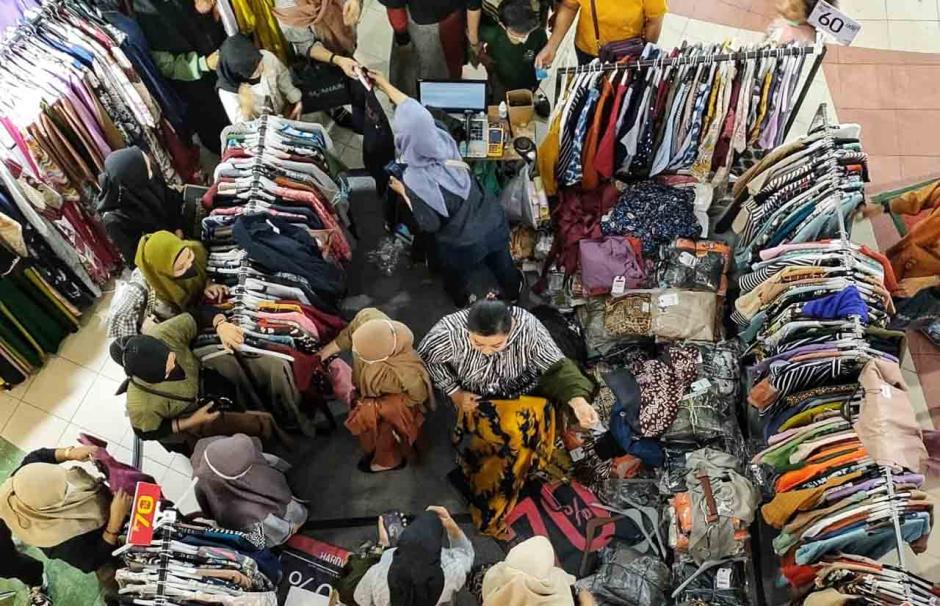 Berburu Baju Lebaran, Pengunjung Padati Mall Panakukang-0
