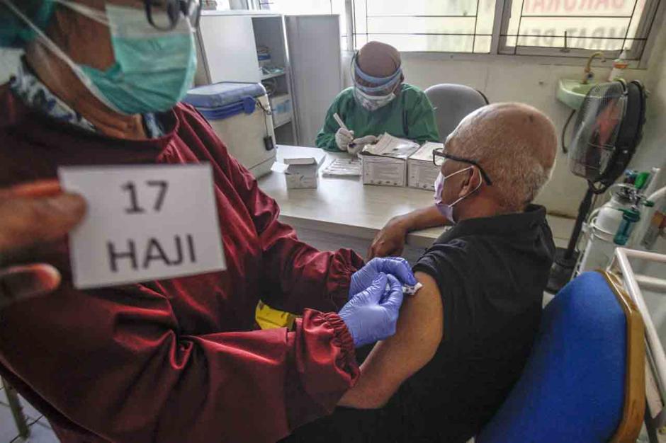 Vaksinasi Covid-19 untuk Jemaah Calon Haji-1