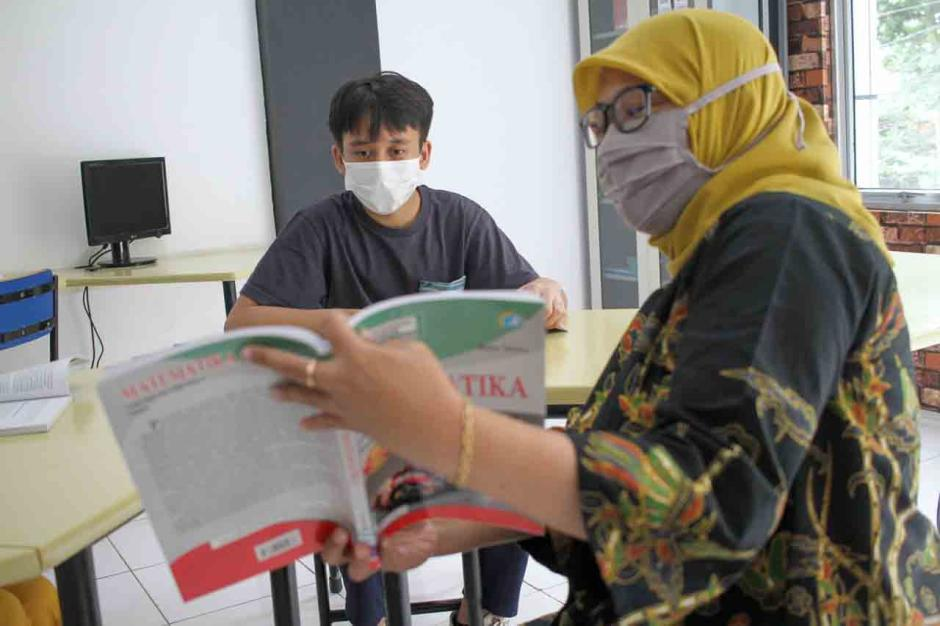 SMA Pintar Lazuardi Gelar Belajar Mengajar secara Luring dan Daring-0