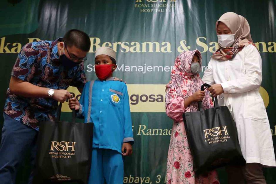 Royal Singosari Hospitality Gelar Bukber dengan Penghapal Al-Quran dan Anak Yatim-1