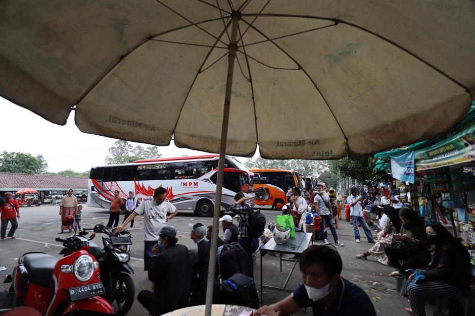 BPTJ Akan Hentikan Operasional Bus Saat Pelarangan Mudik 6-17 Mei 2021-4