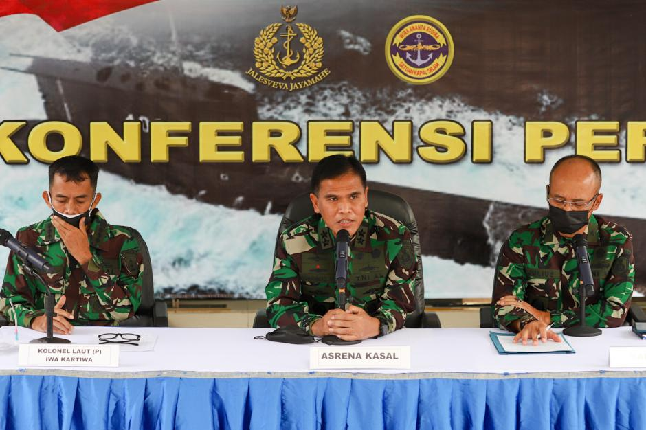 Tangis Mantan Dansatsel Kolonel Iwa Kartiwa Bantah Isu Sakit Terpapar Radiasi Kapal Selam-1