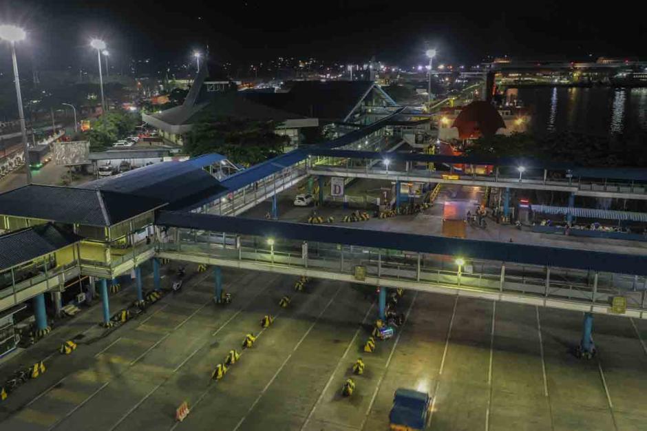 Larangan Mudik Berlaku Hari Ini, Begini Suasana Terkini di Pelabuhan Merak-1