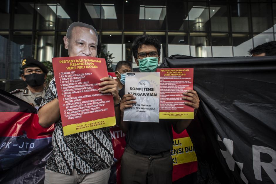 Aksi Koalisi Masyarakat Sipil Antikorupsi-0