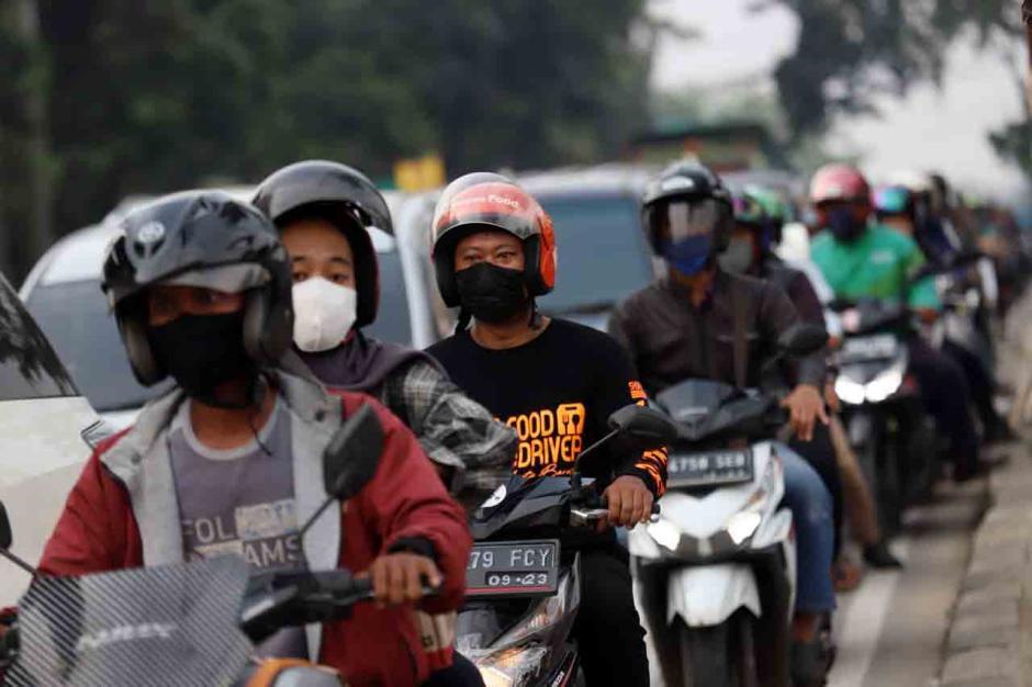 Kemacetan Imbas Penyekatah Mudik di Bogor-0