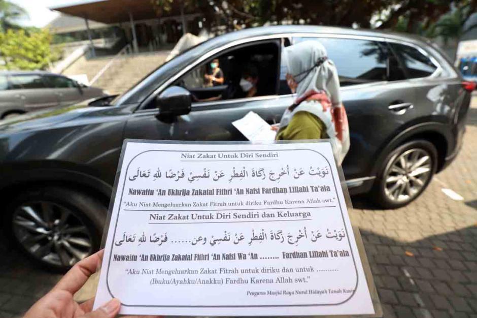 Layanan Zakat Fitrah Drive Thru di Masjid Raya Nurul Hidayah Jakarta-4