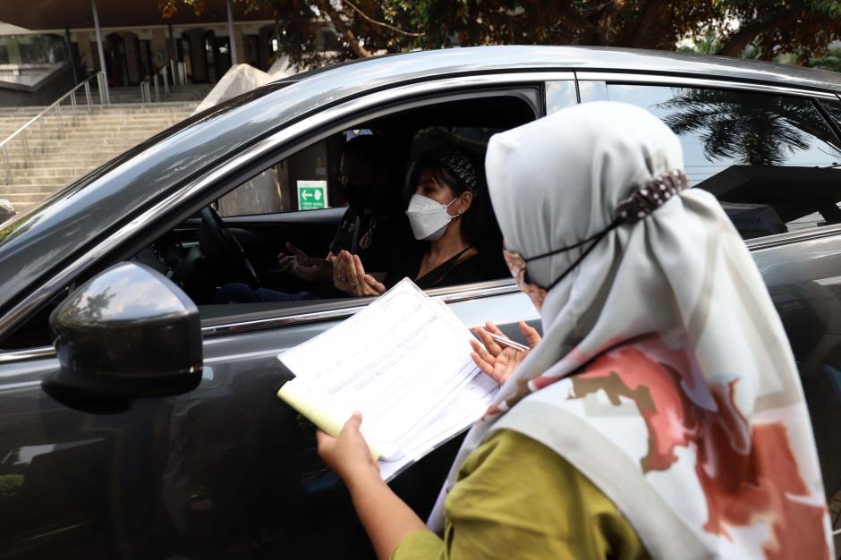 Layanan Zakat Fitrah Drive Thru di Masjid Raya Nurul Hidayah Jakarta-1