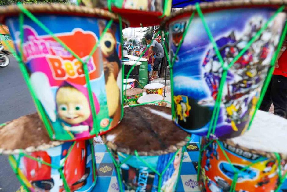 Bedug Bermotif Kartun Diburu Anak-anak Jelang Hari Raya Idul Fitri-3