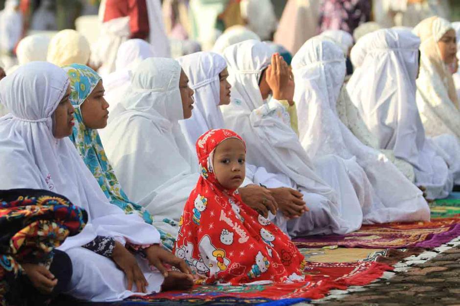Jamaah Tarekat Syattariah Gelar Shalat Idul Fitri Lebih Awal-1