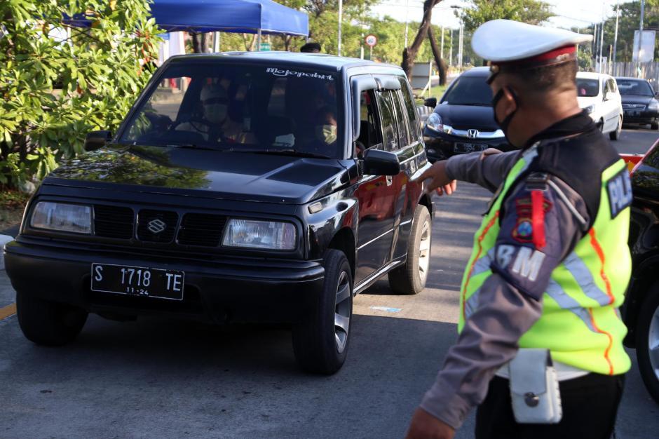 Jelang Idul Fitri, Pintu Masuk Akses Jembatan Suramadu Diperketat-1