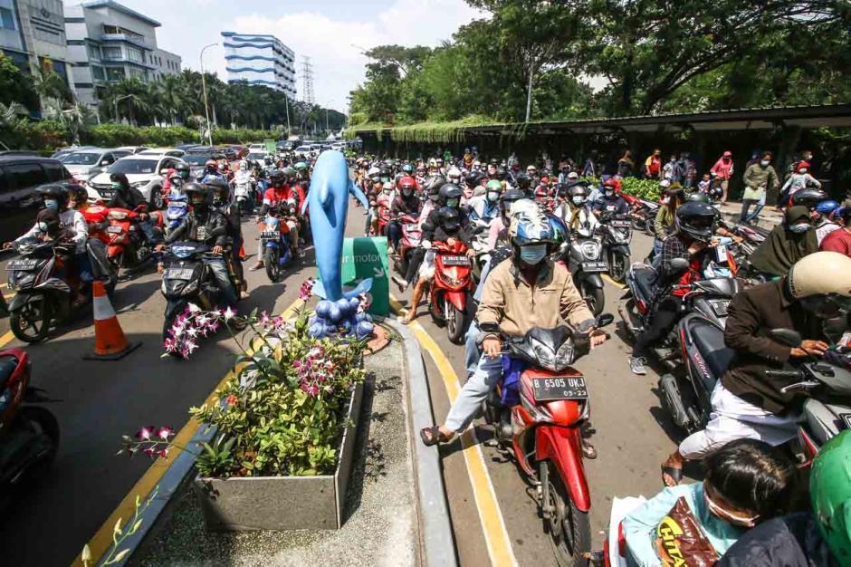 Hari Kedua Lebaran, 39.000 Wisatawan Serbu Taman Impian Jaya Ancol-2