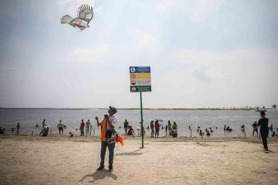 Hari Kedua Lebaran, 39.000 Wisatawan Serbu Taman Impian Jaya Ancol-0
