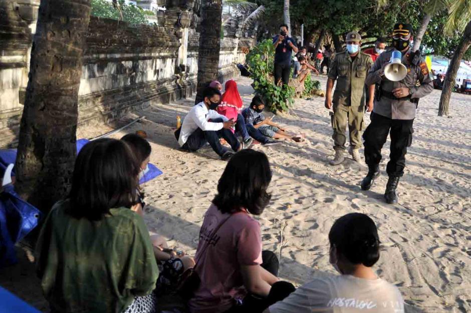 Pengawasan Protokol Kesehatan Kawasan Pariwisata Bali-0