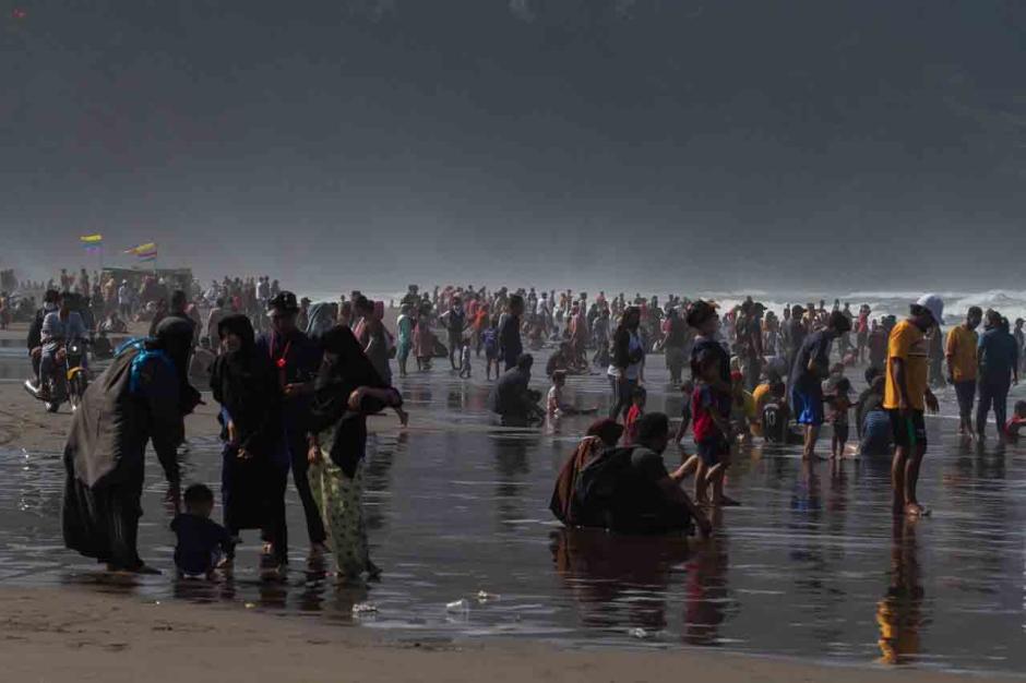 Menghabiskan Sisa Libur Lebaran di Pantai Parangtritis-0