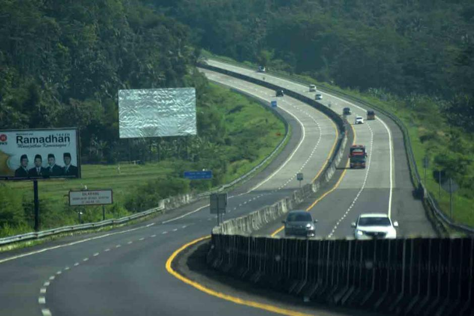 Jalan Tol Semarang-Solo Lengang, Arus Balik Lancar-1