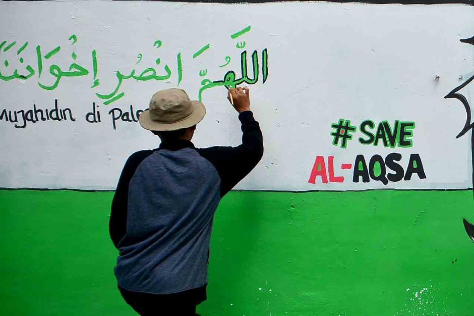 Dukung Palestina Lewat Mural-2