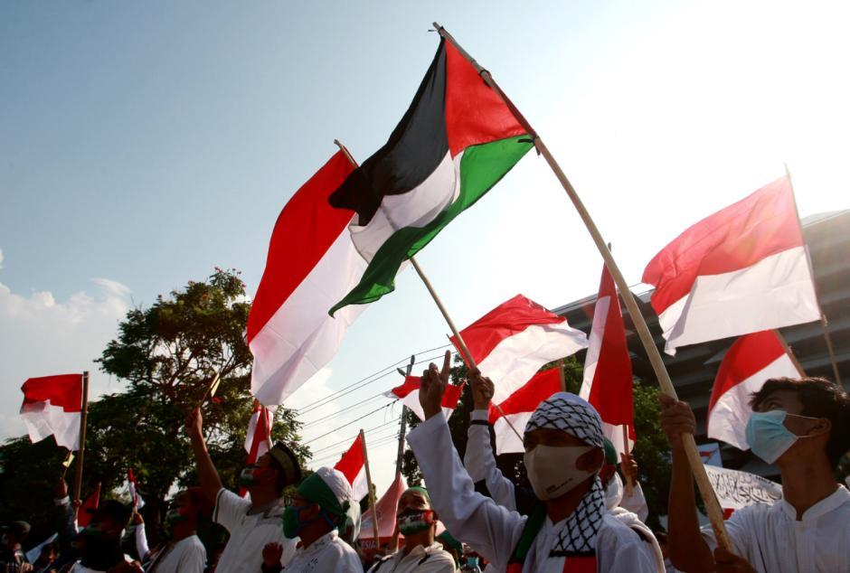 Ratusan Warga Semarang Gelar Aksi Simpatik Peduli Palestina-3