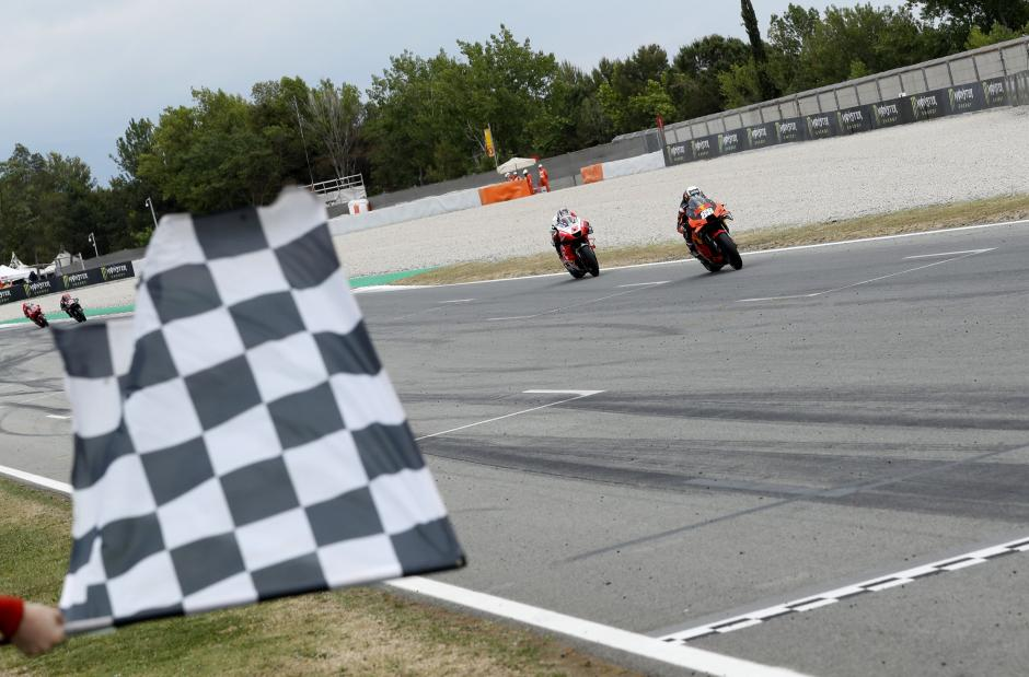 Asapi Duo Ducati, Miguel Oliveira Juarai MotoGP Catalunya 2021-0