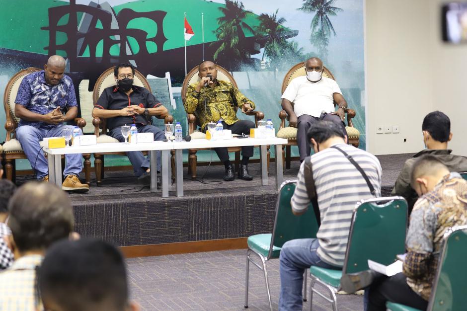 Diskusi Dialog Kenegaraan Bahas RUU Otsus Papua-3