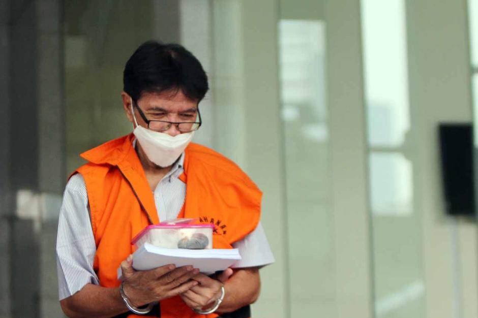 Mantan Dirtek Garuda Indonesia Hadinoto Jalani Sidang Lanjutan di KPK-1