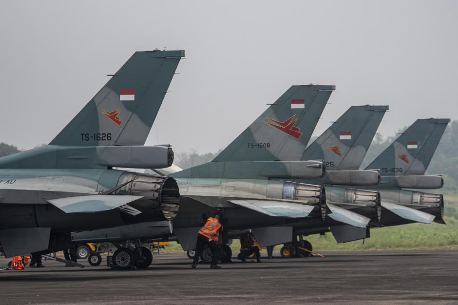 Jelang Latihan Jalak Sakti 2021, Deretan Pesawat Penghancur Terparkir di Lanud SMH Palembang-0