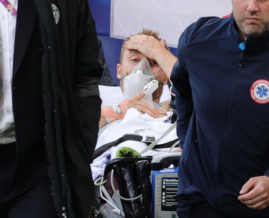 Christian Eriksen Kolaps di Laga Pembuka Grup B Piala Eropa 2020-3