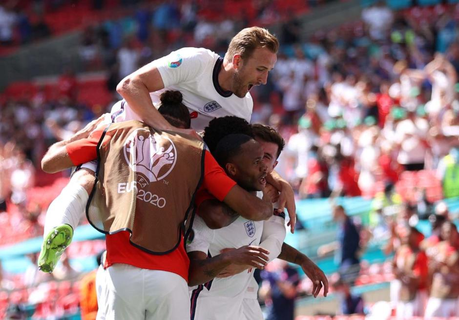 Raheem Sterling Cetak Gol Penentu Kemenangan Inggris atas Kroasia-4