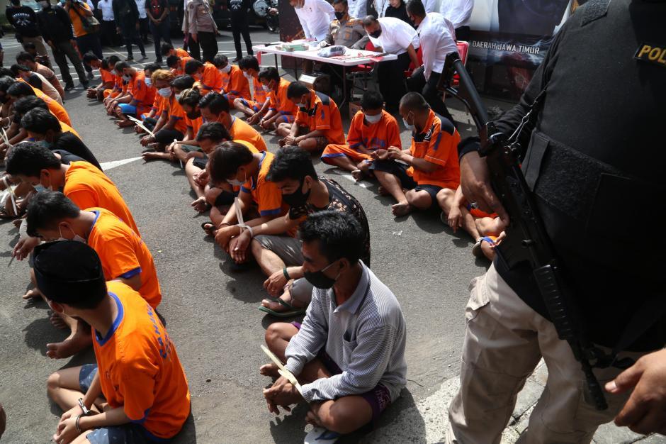 Meresahkan Warga dan Sopir Truk, Puluhan Preman di Wilayah Jawa Timur Disikat Polisi-5