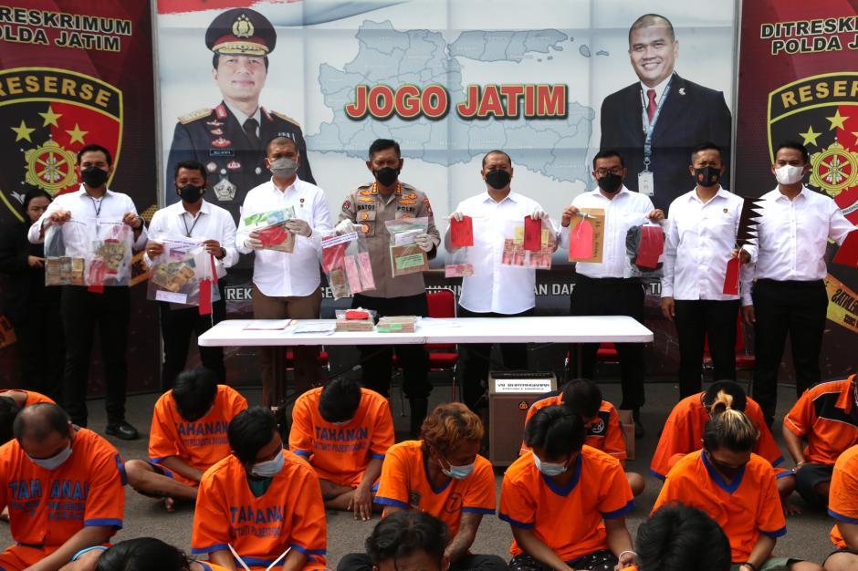 Meresahkan Warga dan Sopir Truk, Puluhan Preman di Wilayah Jawa Timur Disikat Polisi-0