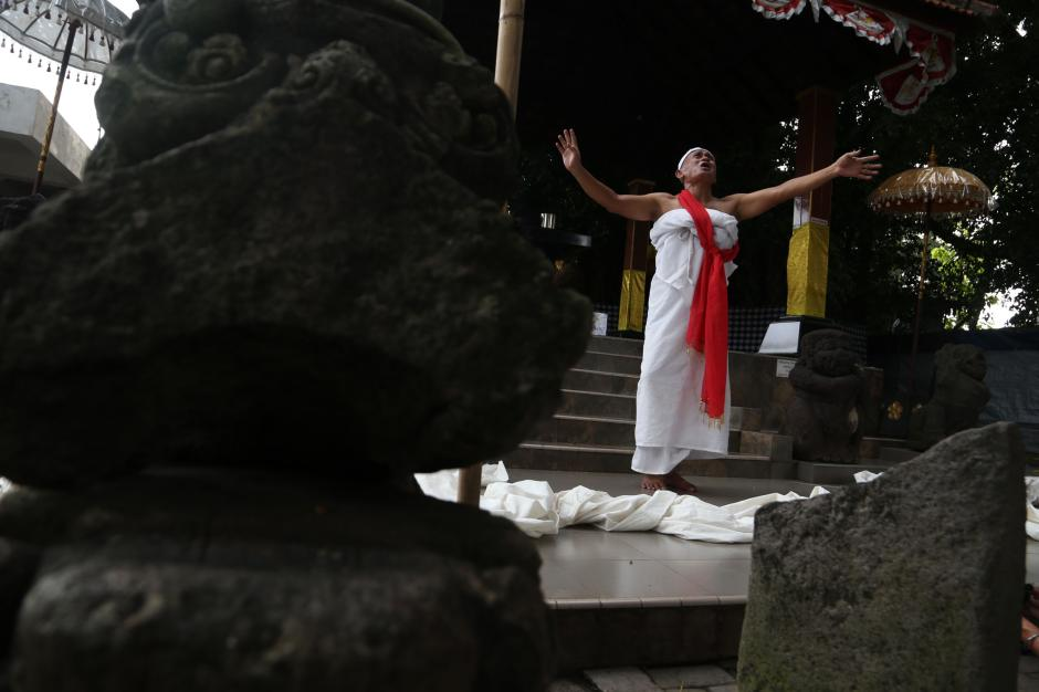 Hadapi Jalan Buntu, Besut Mengadu Pada Patung Joko Dolog-0