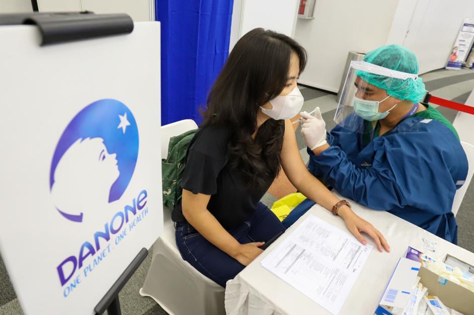 Danone Indonesia Gelar Vaksinasi Gotong Royong di Sentul-3