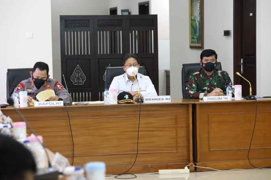 Tegas, Panglima TNI Minta 4 Pilar Tegakan PPKM Mikro di Madiun-0