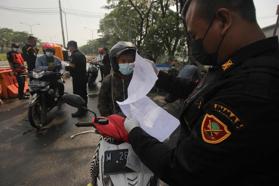 Pemberlakuan Surat Izin Keluar Masuk di Jembatan Suramadu-0
