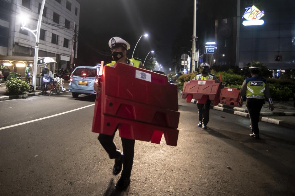 Pembatasan Mobilitas Warga di Jakarta-3