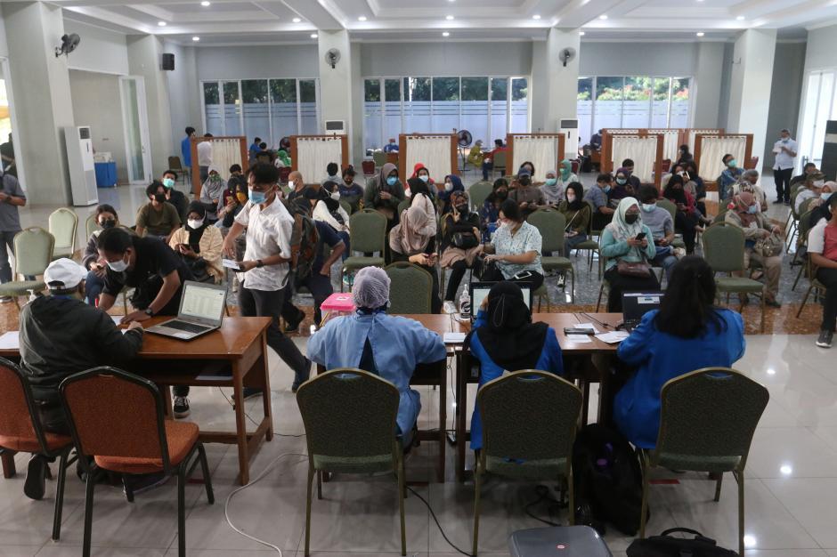 Mahasiswa Universitas Pancasila Jalani Vaksinasi Covid-19-4