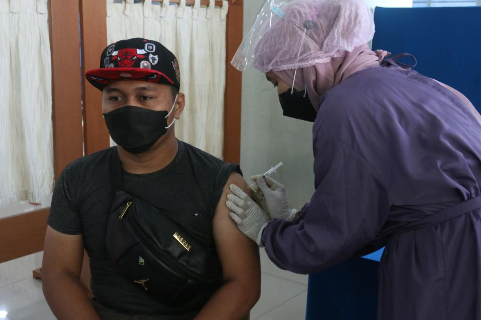 Mahasiswa Universitas Pancasila Jalani Vaksinasi Covid-19-1