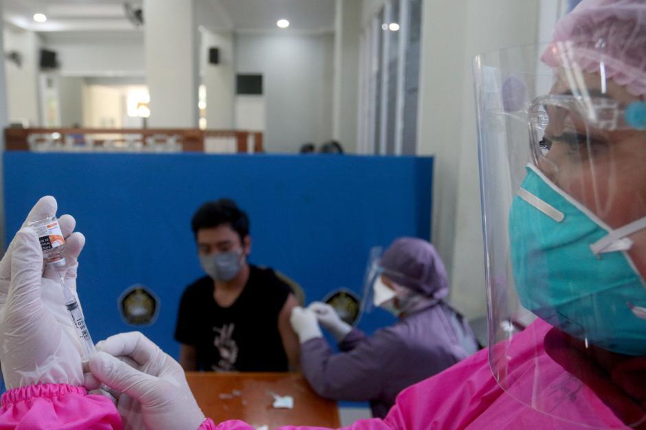 Mahasiswa Universitas Pancasila Jalani Vaksinasi Covid-19-5