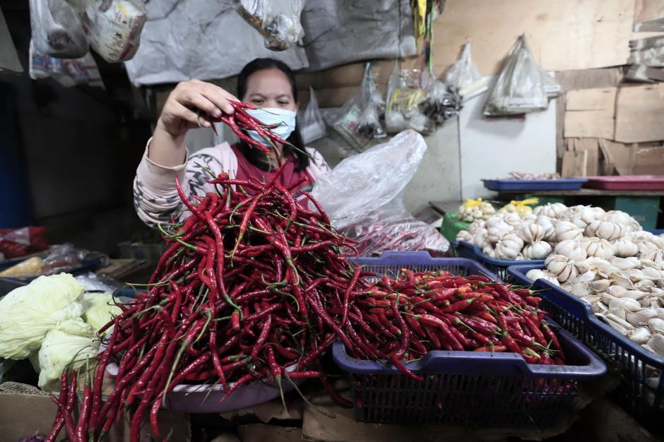 PPKM Mikro Diperketat, Pedagang Harap Pemda Tak Tutup Pasar Tradisional-2