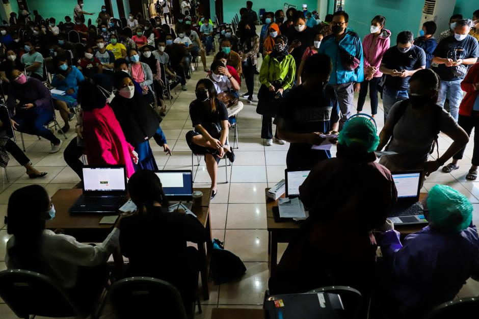 Vaksinasi Gotong Royong di Jakarta Barat-3