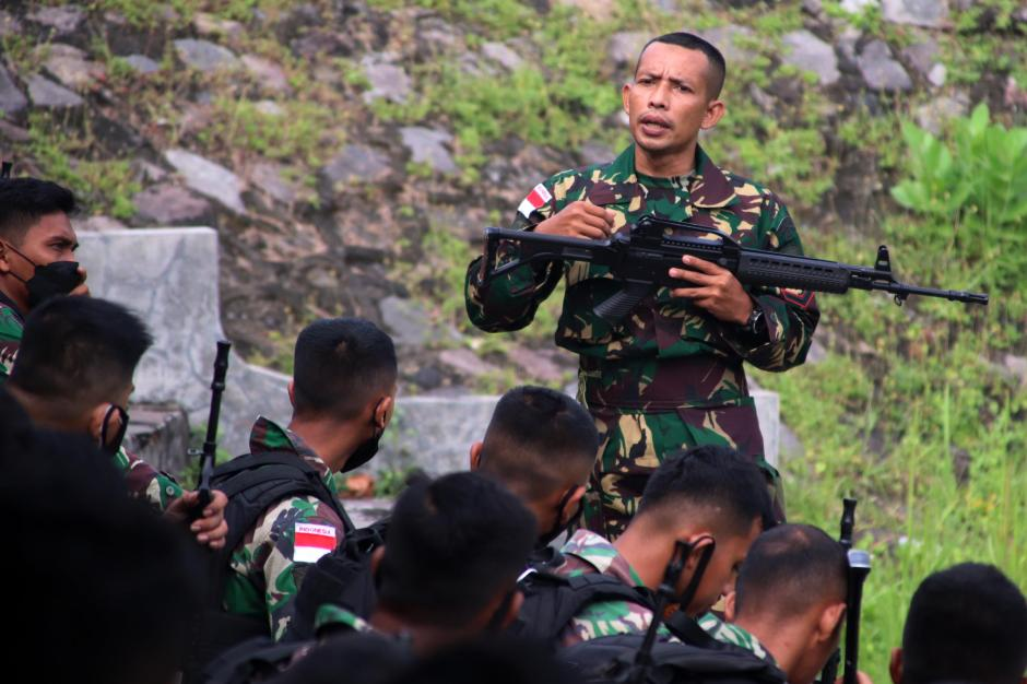 Aksi Para Sniper Marinir Ini Bikin Musuh Lari Tunggang Langgang-6