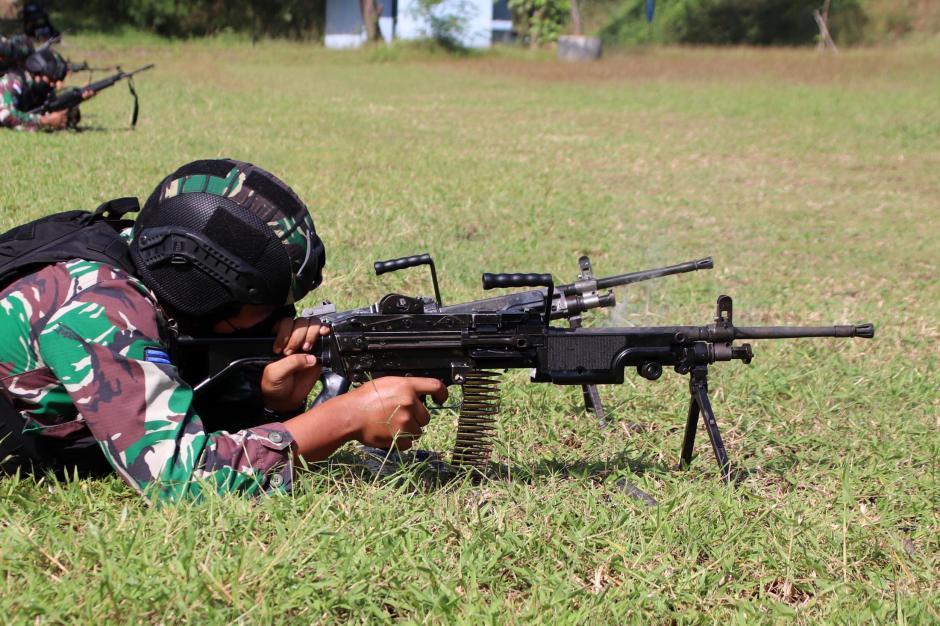 Aksi Para Sniper Marinir Ini Bikin Musuh Lari Tunggang Langgang-3