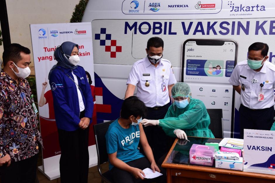 Vaksinasi Keliling Pemprov DKI Jakarta bersama Danone Indonesia-0