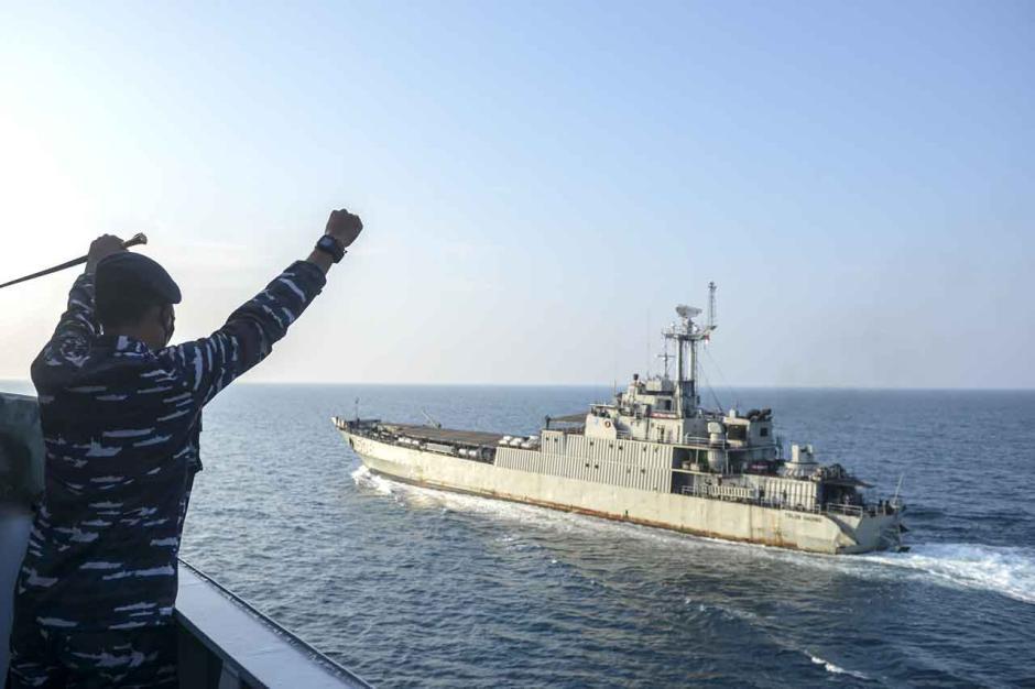 Uji Ketahanan KRI Teluk Youtefa-522 dalam Menjaga Kedaulatan RI-1