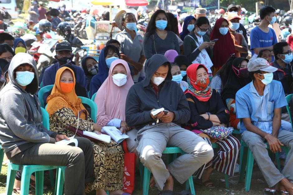 Begini Antrian Pengambilan BST di Surabaya-1